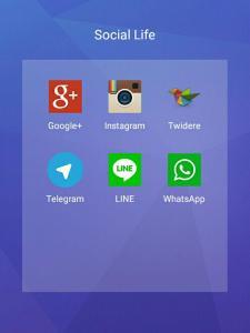 """Tangkapan layar dari folder """"Social Life"""" di launcher."""